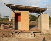 Toilet block and water tank