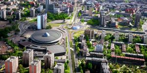 COP24 will take place in Katowice's landmark congress centre and exhibition hall (Photo: Umkatowice, Creative Commons via Wikipedia)