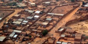 Niamey, the capital of Niger, is growing rapidly. Urban ARK is exploring the varied vulnerabilities of boys and girls from conflict-displaced and host communities (Photo: Jean Rebiffé, Creative Commons via Flickr)